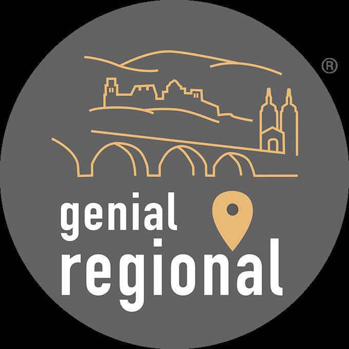 Graues Label mit illustrierter Brücke und Heidelberger Schloss, darunter Schriftzug genial regional mit Ortung-Pin und Registered R_2