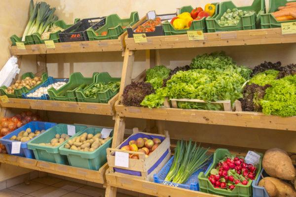 Holger Koch Bauernlädchen Regal Obst und Gemüse